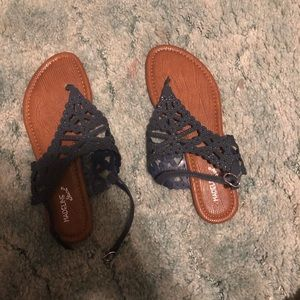 New without tags sandals